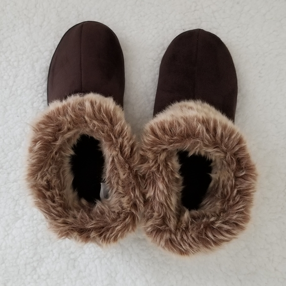 💞 Isotoner Warm Fuzzy Slippers